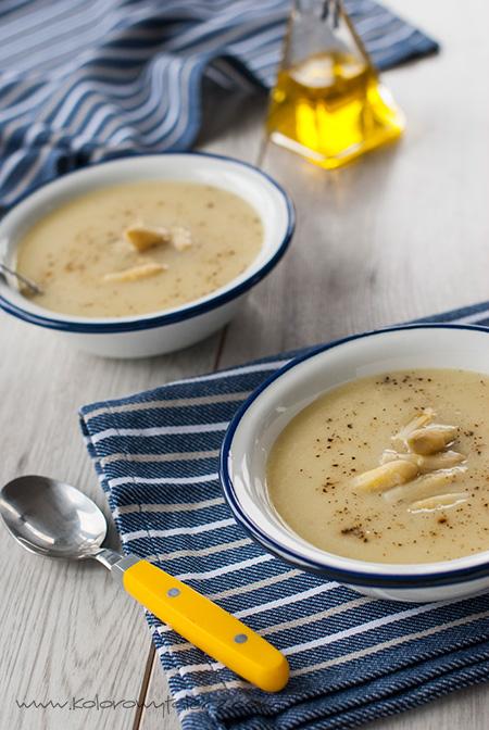 zupa krem zbiałych szparagów